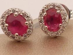 Ovales rubi y diamantes