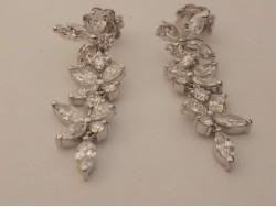 pendientes diamantes navete